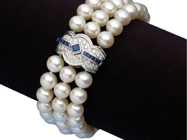 pearl bracelet gift ideas for women