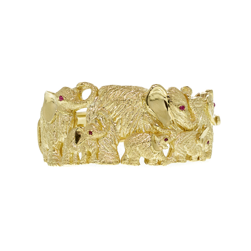 18K Yellow Gold Elephant Family with Ruby Cabochon Eyes Bracelet