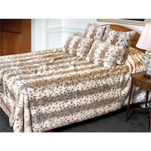 Faux Fur Lynx Bed Spread & Pillows