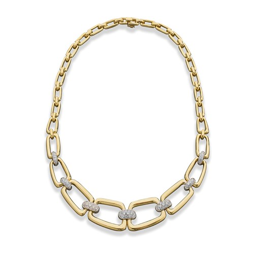 18K Yellow Gold Chain Link Necklace with Diamonds