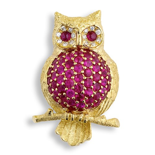 18 Gold Plump Owl with Rubies Pin