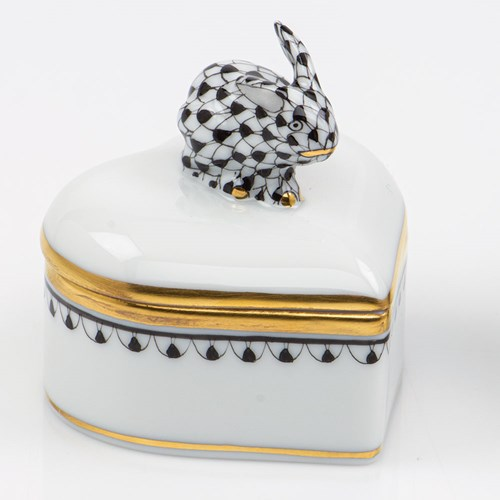 Herend Heart Box with Bunny Finial, Black