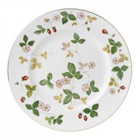 Wedgwood Wild Strawberry Dinner Plate