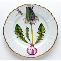 Anna Weatherly Flowers of Yesterday Dinner Plate Green Bud