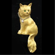 18k Gold Angora Cat with Chain Collar Pin