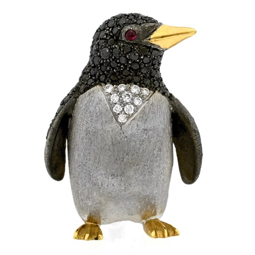 18k Gold Black & White Diamond Penguin Pin