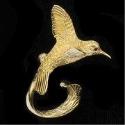 18k Gold Large Hummingbird Pin
