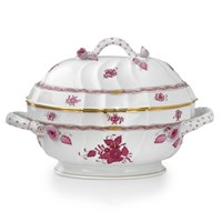 Herend Chinese Bouquet Raspberry Tureen with Branch Finial, Medium