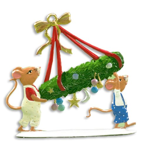 Pewter Mice Carrying Wreath