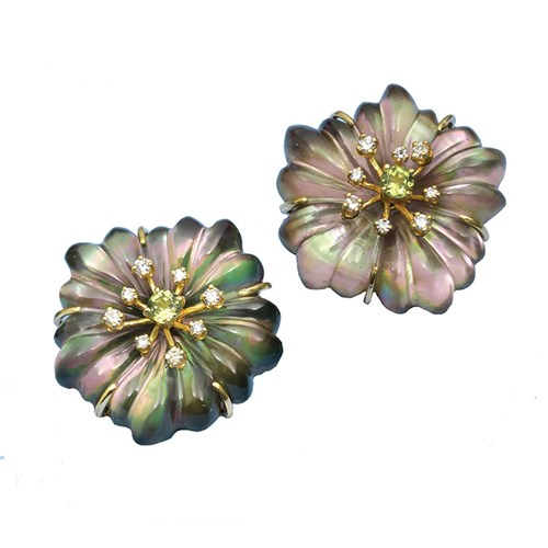 18k Yellow Gold Crystal Grey Mother of Pearl Flower Clips