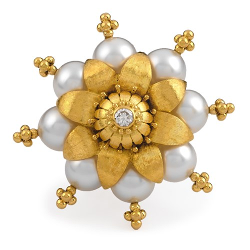 18k Yellow Gold Pearl Blossom Pin