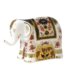 Royal Crown Derby Imari Elephant Infant Paperweight