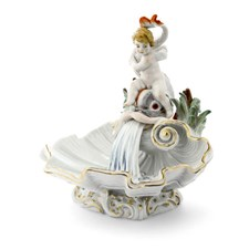 Meissen Dolphin Fountain Shell