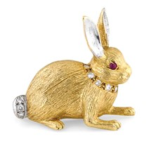 18K Yellow Gold Rabbit with Diamond Collar Pin