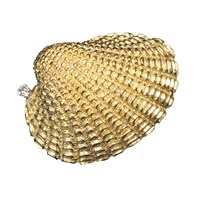 Shell Pin 18k Gold with Diamond (.05 ct)