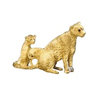 Cheetah and Two Cubs 18k Gold Pin