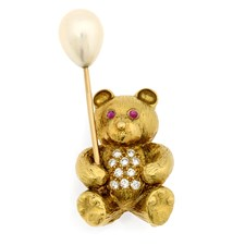 18k Gold Teddy Bear with Pearl Balloon & Diamonds Pin