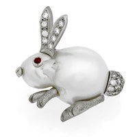 18k White Gold Baroque Pearl Sitting Rabbit Pin with Diamonds