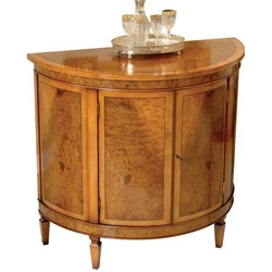 Myrtle Commode