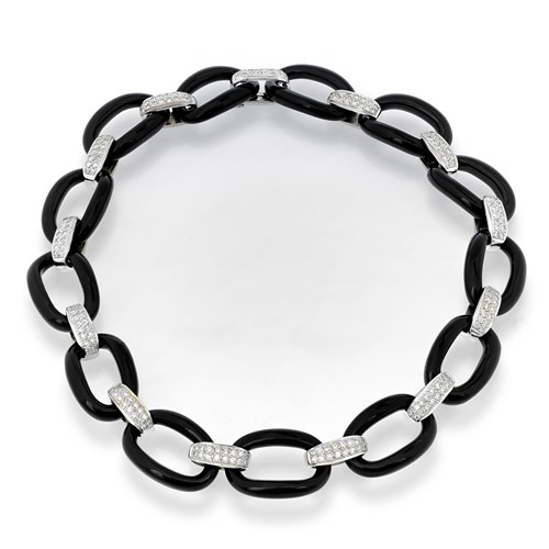 18K White Gold Necklace with Smooth Onyx & Pave Diamonds