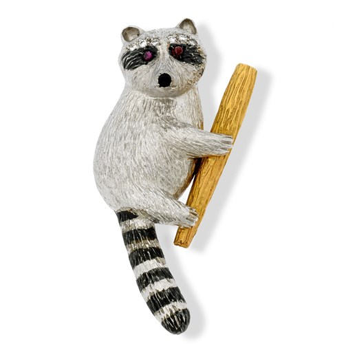 18k White Gold Raccoon on Branch Pin