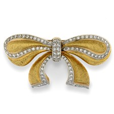 18k Yellow Gold Bow with Diamonds Pin