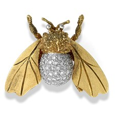 18k Gold Bee with Diamond Body Pin