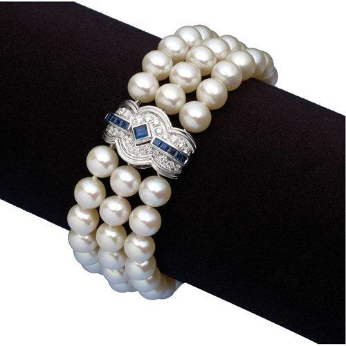 18K Gold Cultured Pearl Bracelet with Sapphire & Diamond Clasp