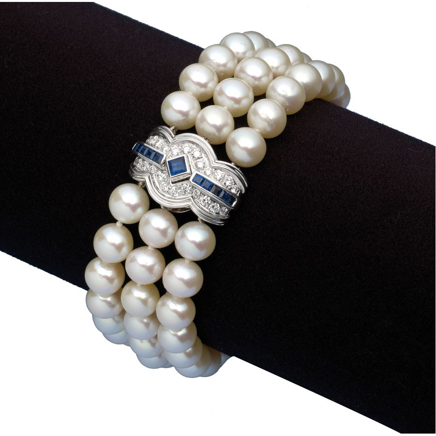 Pearl Bracelet With Shire Diamond Clasp Hover To Zoom