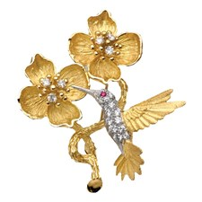 18k Yellow Gold Hummingbird with Diamonds Pin