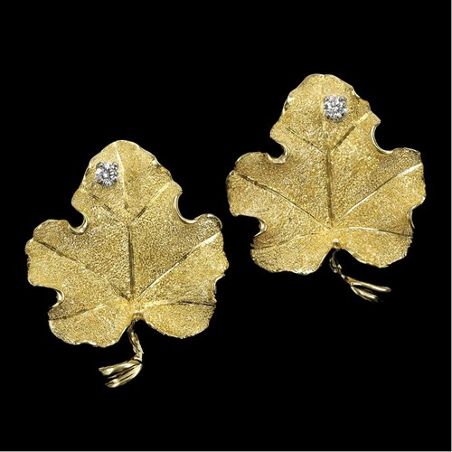 18K YG Dia Small Leaf Earrings
