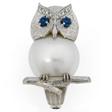 18k White Gold & Pearl Owl Pin