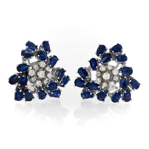 18k White Gold Spread Flower Earrings with Diamonds