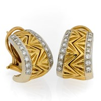 18k Small Yellow Gold Unity Earrings with Diamonds