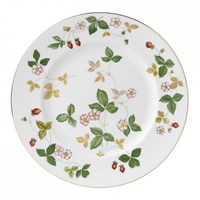 Wedgwood Wild Strawberry Dinnerware