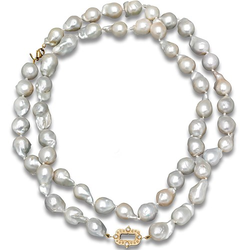 18k Gold Cleo Baroque Pearl Necklace